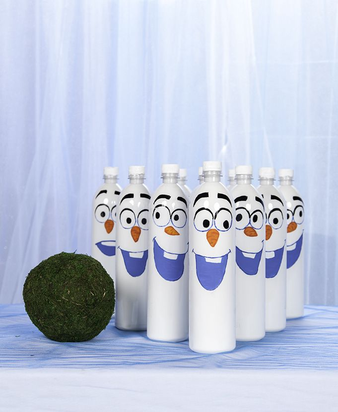 Thanks to HP® for sponsoring this article. Make your Frozen-themed birthday party a fun, laughter filled, rockin' good time with this easy to make Olaf-inspired bowling game.