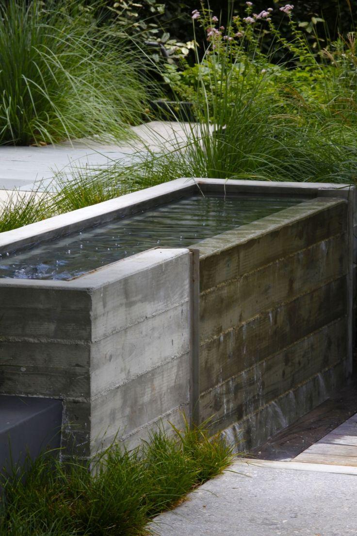 Concrete board water feature | Mark Tessier Landscape Architecture - Shiflett Residence
