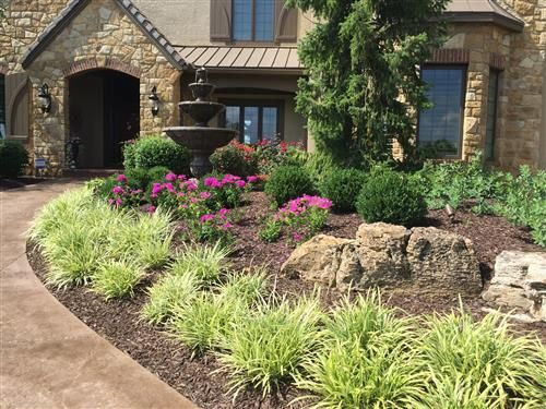 Red Oak Landscaping - Premier Landscaping Company - Overland Park, Leawood, Johnson County and Kansas City