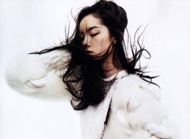Fei Fei Sun shot but Josh Olins for Vogue China, November 2011.