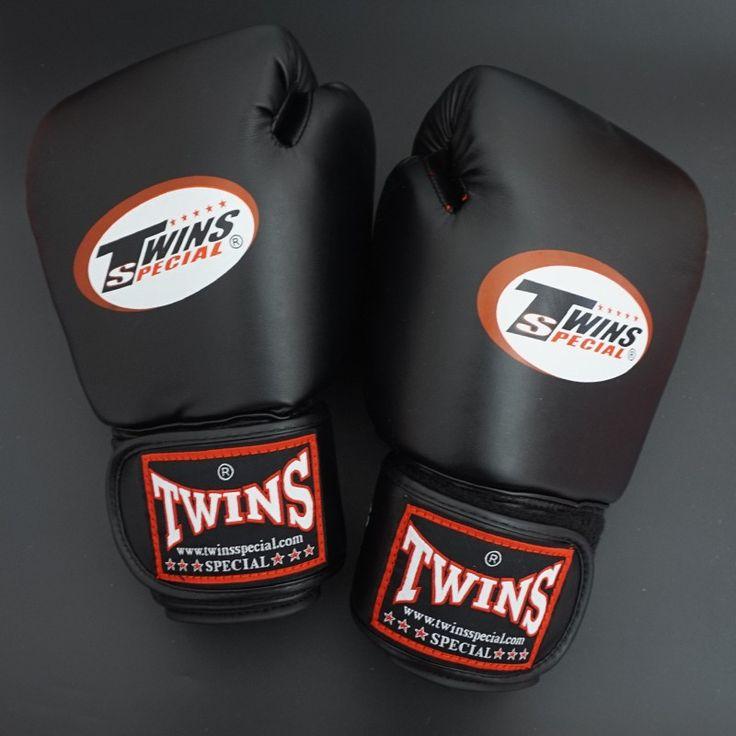 Twins handschoenen 8 10 12 14 oz kick bokshandschoenen leer PU Sanda Zandzak Zwarte Bokshandschoenen Mannen Vrouwen Guantes Muay Thai