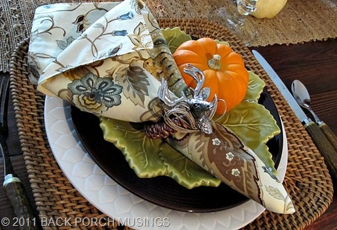 love it...look at the cute deer napkin rings: Belle Entertainment, Southern Belle, Fall Decor, Napkin Rings, Fall Harvest, Napkins Rings, Andthanksgiv Decor, Fall Andthanksgiv, Deer Napkins
