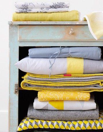#housse #couette #linge #lit #petits #motifs #geometrique  #gris #jaune #blanc