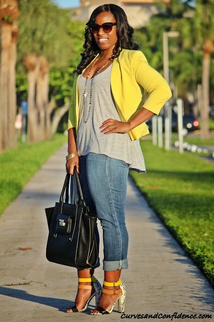 Curves and Confidence | Weekend Wear: Gap Jeans