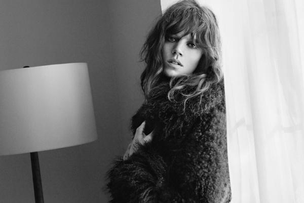 Freja Beha for Zara's fall campaign.Texture Hair, Freja Beha Erichsen, Daily Fashion, Woman Fashion, You, Ads Campaigns, Delevingne Face, Hippie Chic, Fashion Magazines