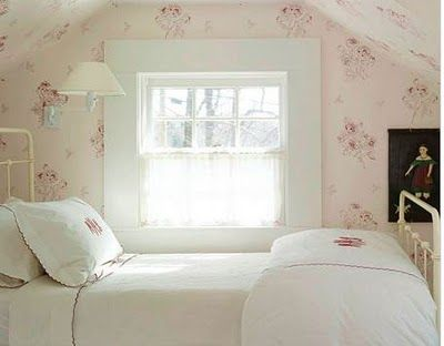 .: Attic Bedrooms Wallpapers, Romantic Bedrooms, Wallpapers Ceilings, Cottages Bedrooms, Girls Bedrooms, Metals Beds Frames, Attic Rooms, Attic Ideas, Girls Rooms
