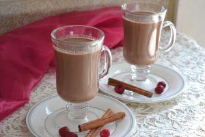 Raspberry Hot Chocolate (Vegan)