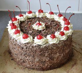 Tolko lasky, ako som vlozila do pripravy tejto torty, tak som hadam nevynalozila pri priprave ani jednej z nich Piekla som ...