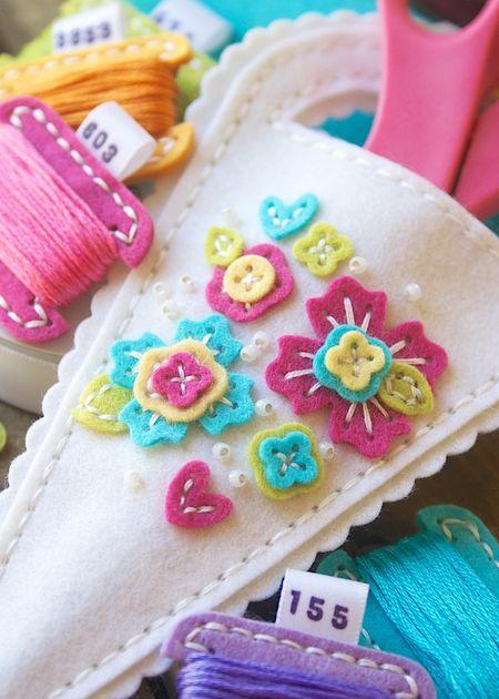 Sewing Staples by Papertrey Floral Clusters die
