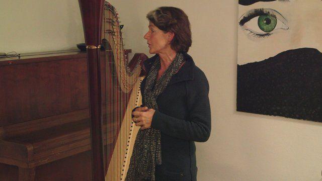 Johanna van der Schaft was één van de sprekers op Inspiratiepodium #23 van het Inspiratiehuis Arnhem, 7 januari 2015. Muziek van Lisa Joosten.© 2015,Film Alain Baars
