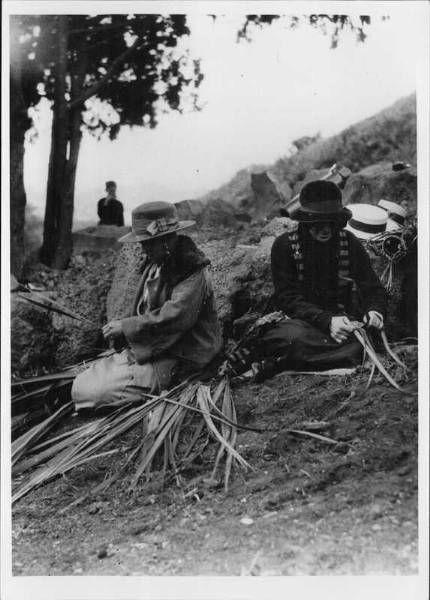Hangi on Mt Eden, 1927, PH-NEG-22759
