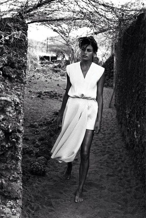 Eva Mendes.