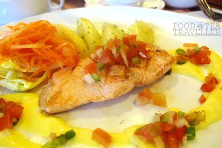 Birthday Lunch at Glosis Grill and Bar's Salmon http://foodandteatraveller.com/2013/12/birthday-lunch-at-glosis-grill-and-bar/