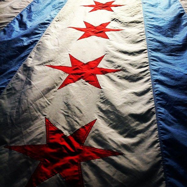 Chicago flag (photography by Kalle Eko, kallekamaleko.blogspot.com).
