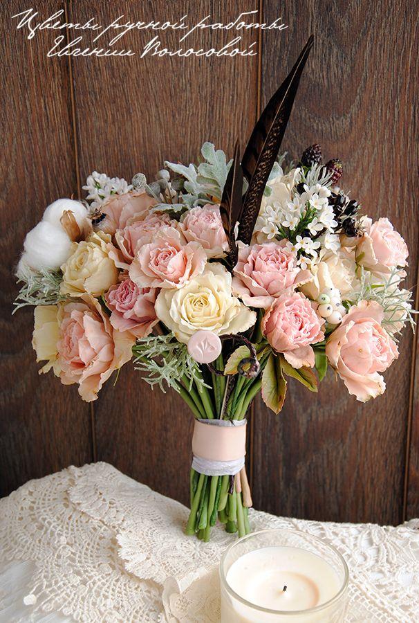 Всем привет!Наконец-то доделала букет моей мечты и спешу показать его вам «Ветреная нежность» - авторский букет ручной работы в стиле бохо шик (керамическая флористика). Все цветы (увядшие розы, анемоны, белая сирень), листья, ягоды (ежевика, дикий виноград, снежноягодник), коробочки хлопка и мака, бруния, шишки – выполнены моими руками из японского «холодного фарфора».…
