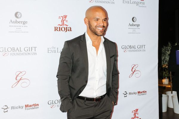 Amaury Nolasco Photos Photos - Actor Amaury Nolasco attends Global Gift Foundation Dinner at Auberge Residences & Spa sales office on December 3, 2015 in Miami, Florida. - Global Gift Foundation Dinner - Arrivals