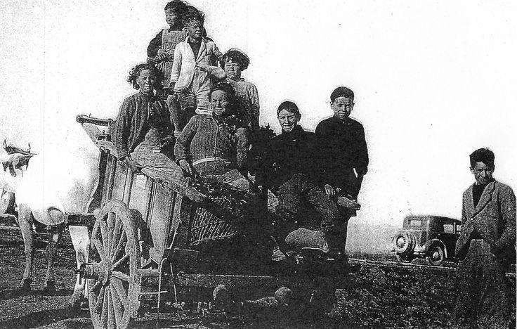 Lavoratori che si recano alla Sigaraia.