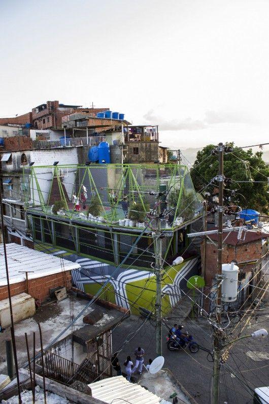 How Venezuela's Espacios de Paz Project is Transforming Community Spaces / @ArchDaily | #socialspaces