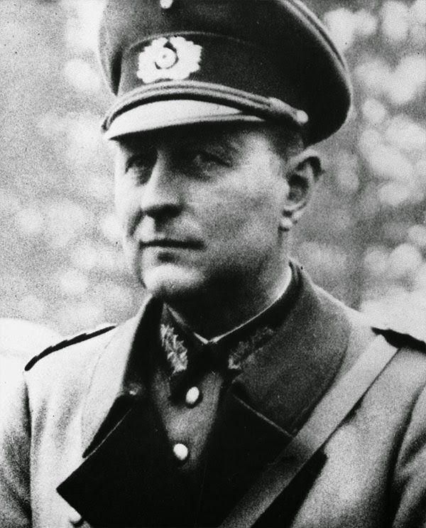 General der Panzertruppe Leo Dietrich Franz Freiherr Geyr von SCHWEPPENBURG (2 March 1886 – 27 January 1974) Knight's Cross of the Iron Cross on 9 July 1941 as General der Panzertruppe and commander of XXIV. Armeekorps (motorized)