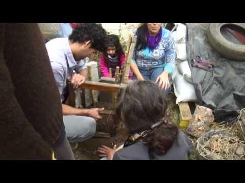 Agricultura Urbana: Huerta Espiral - YouTube
