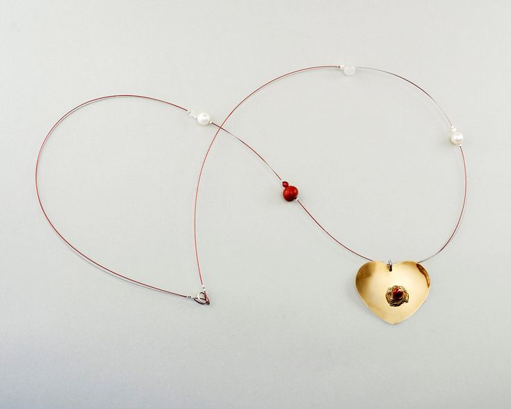 Long heart pendant necklace, gold tone necklace, red stone necklace, tumbaga big heart,white red necklace, pearl coral jewelry,heart jewelry by ColorLatinoJewelry on Etsy