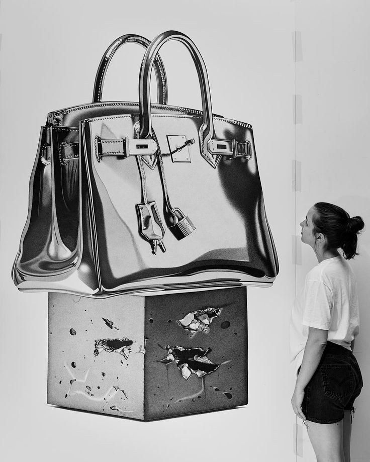 The trophy for the most collectable handbag in the world #THETROPHYROOM…