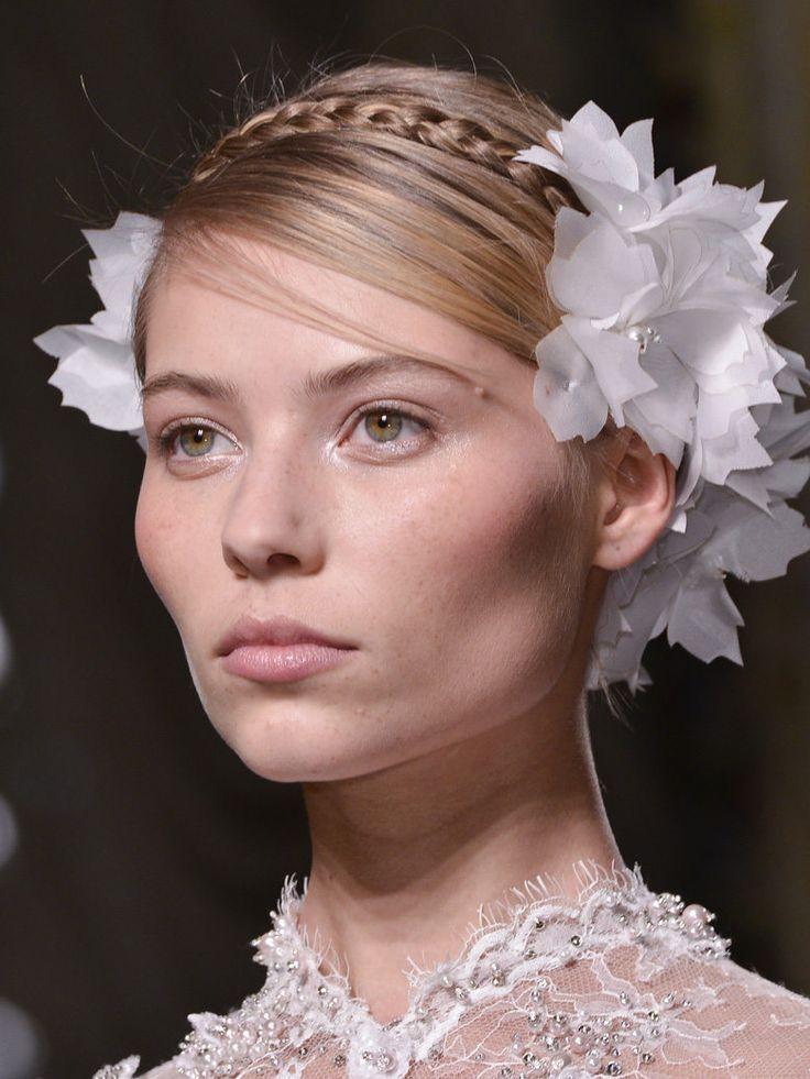 Bien choisir sa coiffure de mariée