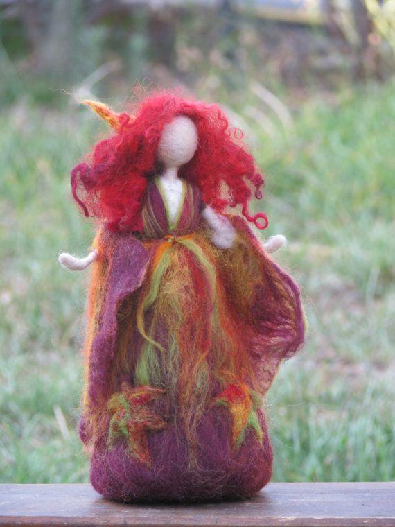 Aguja de fieltro Waldorf inspiró la decoración de la mesa de otoño caída arte de hadas muñeca naturaleza