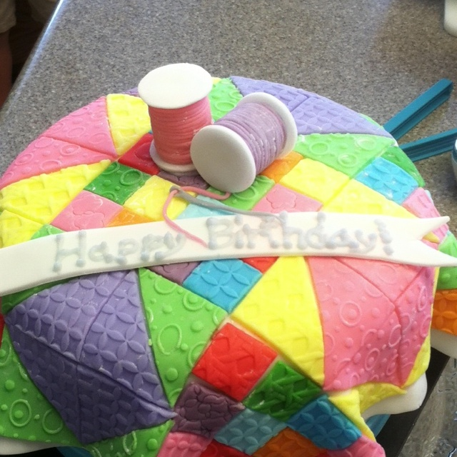 Cake Decorating Quilting Technique : Best 25+ Patchwork cake ideas on Pinterest Quilted cake ...