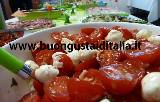 #Caprese Italiana #pomodorini #mozzarella #olioextraverginedioliva #origano