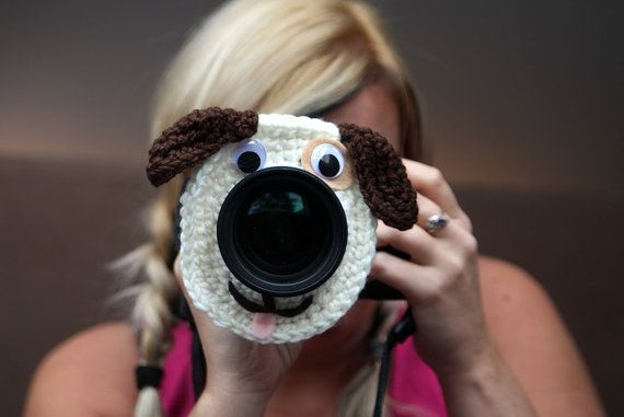 Camera lens buddy. Crochet lens critter puppy. door Swifferkins, $12.99