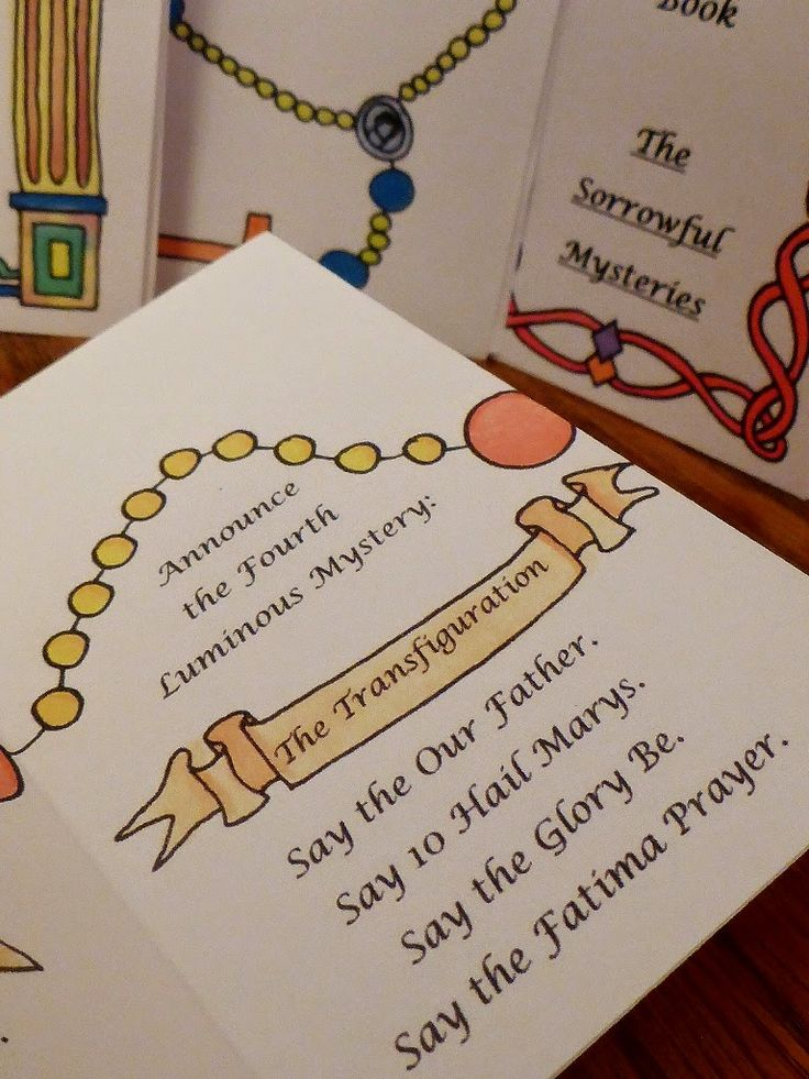 Printable mini-rosary books for kids. So cute! One for each mystery of the rosary. I am so printing these for my kids!!!