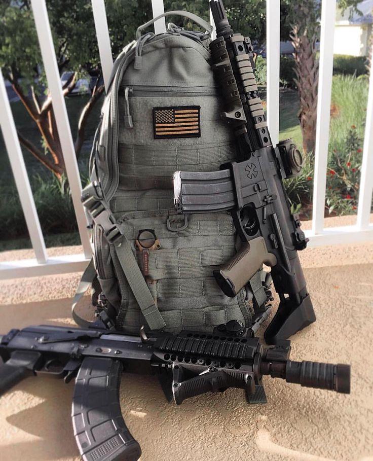 Gear on point  Via @kris7.62 SBR'z  #sbr #noveske #300blackout #zastava #m92 #ak47 #benchmade #tripleaughtdesign #fastpacklitespeed #edc #gunshinestate #igmilitia #gunporn