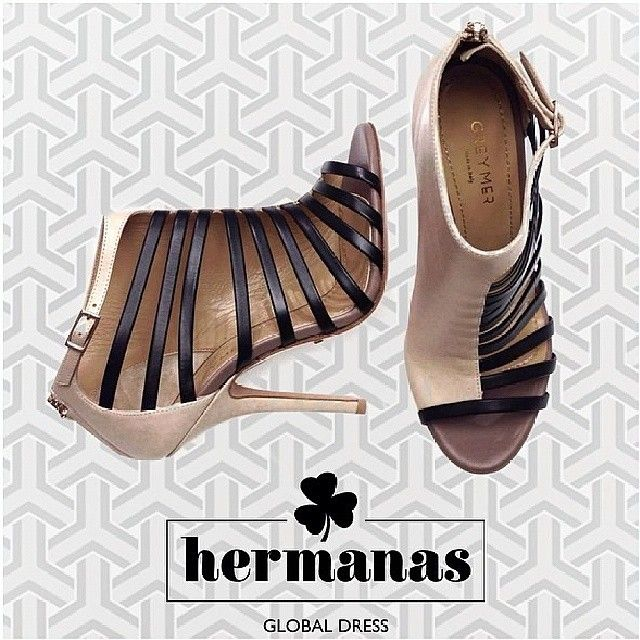 Thanks to @hermanasgd #newcollection #SS14 #greymershoes #asymmetrical #sandals oldpink&black #instalike #instagood #fashion #shoes #love #photooftheday #shopping #greymer