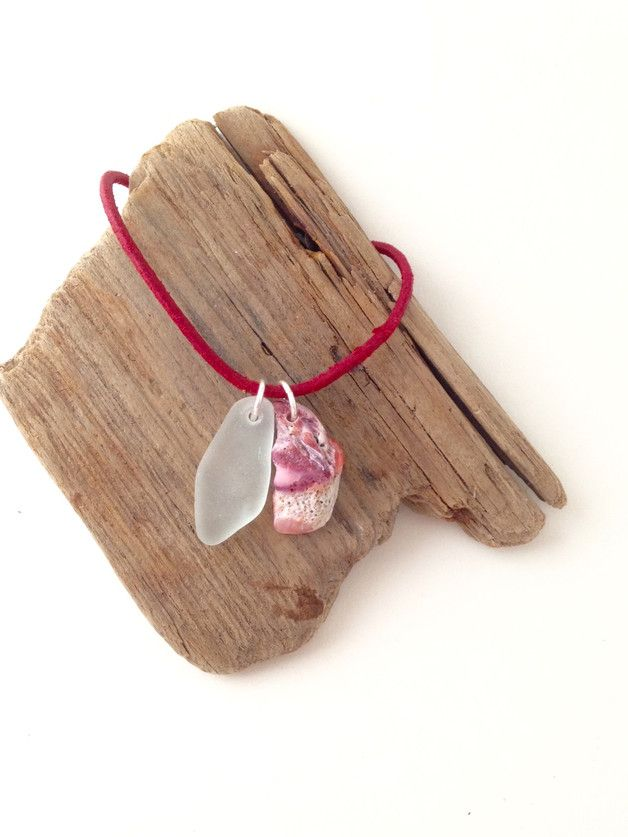 """Lederketten - Leder Halskette mit Meerglas - Anhänger """"Flame"""" - ein Designerstück von MeerSchmuck bei DaWanda"""