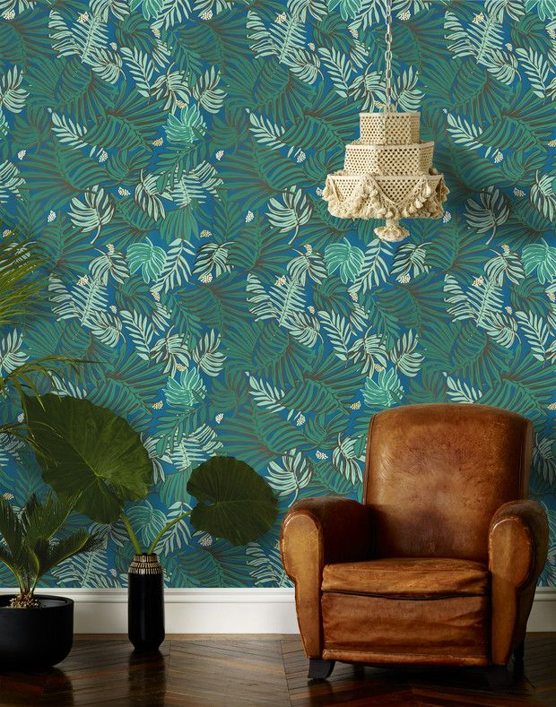tropical wall paper. yes, please!