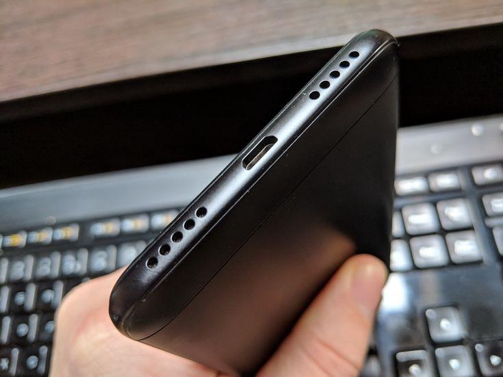 Xiaomi Redmi 5 Plus: Multimedia cu un singur difuzor, dar se descurcă bine