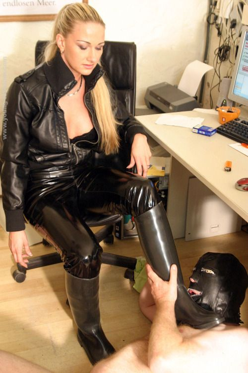 Hot Fetish slave girl domination could watch