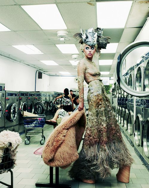 Stars just normal people, Lady Gaga at the the laundromat... So down to earth, so wash and wear....Love her!