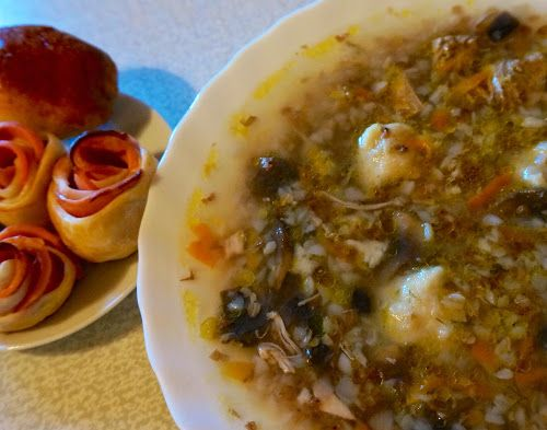 Home food: Суп грибной с гречкой и картофельными клецками / Mushroom soup with buckwheat and potato gnocchi