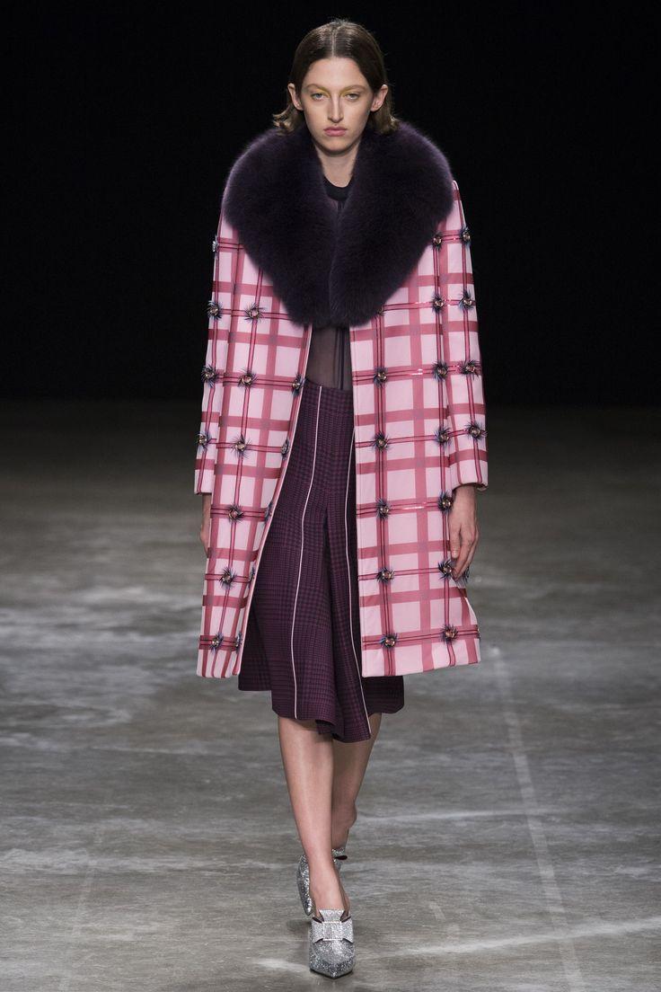 Mary Katrantzou Autumn/Winter 2017 Ready to Wear Collection