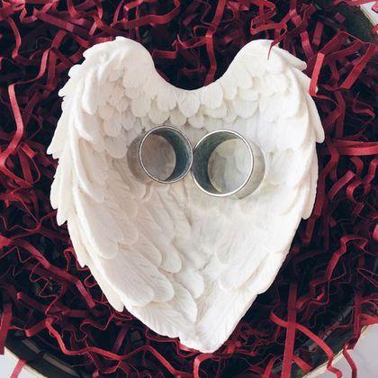 """Dich for wedding rings /Свадебные аксессуары ручной работы. Ярмарка Мастеров - ручная работа. Купить Тарелочка для колец """"На крыльях любви"""". Handmade."""