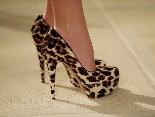 @Kelsie favero: Shoes, Leopard Print, Fashion, Style, Leopards, Animal Prints, High Heels, Leopard Heels, Leopard Pumps