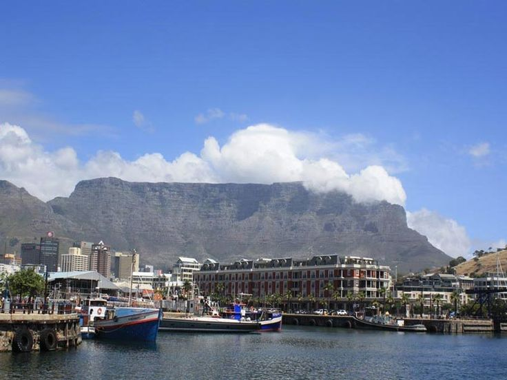 Lees informatie, tips en ervaringen over Kaapstad in Zuid-Afrika. Met o.a. de highlights, Tafelberg, activiteiten, tours, hotels en de beste reistijd.