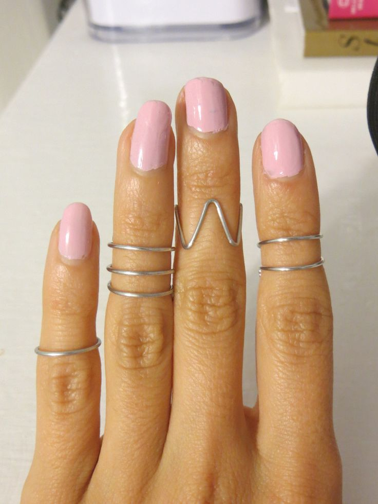 Set of 4 midi rings includes the following styles. Measures 3-3.5 inches, made with 18G aluminum wire. arrives in a small jar. Flat rate shipping: $4 US, $6 Canada, $8 everywhere else