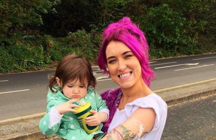Tattooed Mom Shuts Down Suggestion That She's Not The Motherhood 'Type'