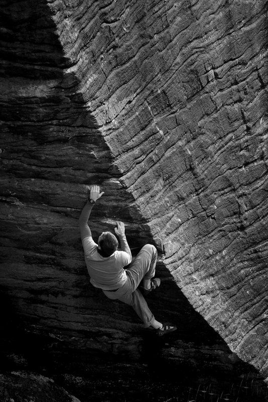 Colin Freeland on Malcolms Arete (7a+) Scotland  does anyone anywhere see a rope