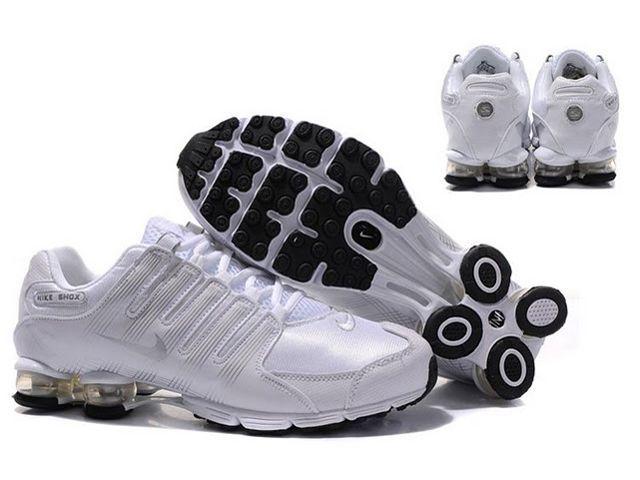 Chaussures Nike Shox R4 Blanc