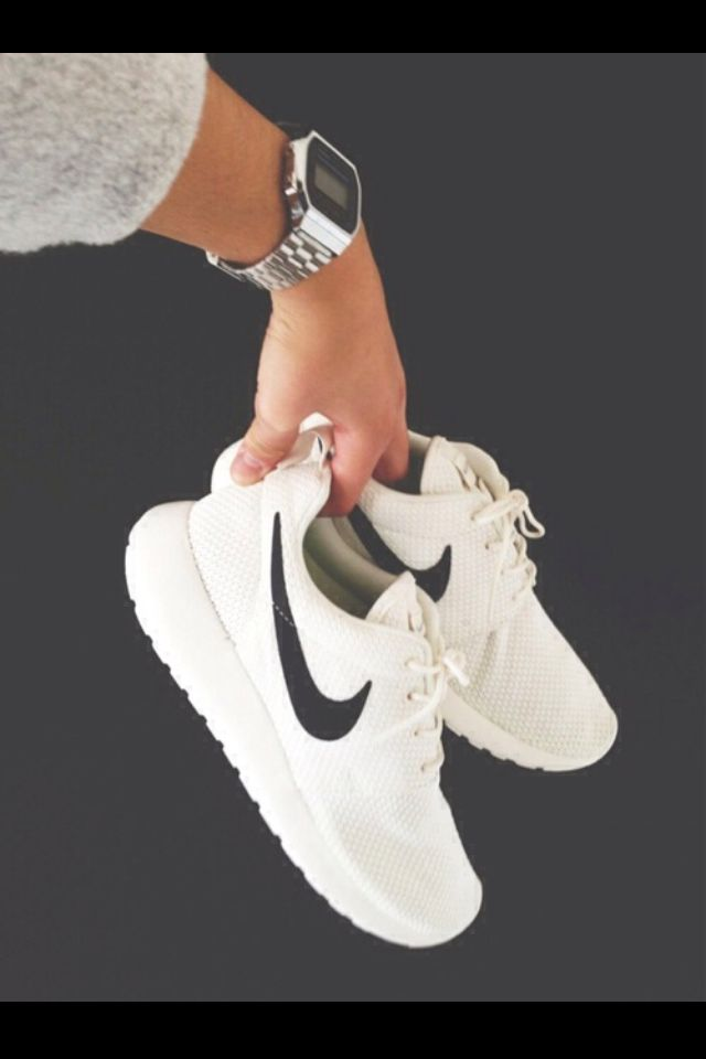 info for 4f609 e14b1 ... ireland roshe run kicks. pinterest nike shoes shoes and nike 6a7c7 2e7d5