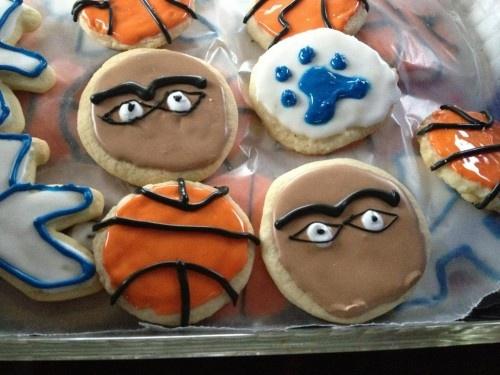 Da Brow cookies? #onlyukfans lol love it!